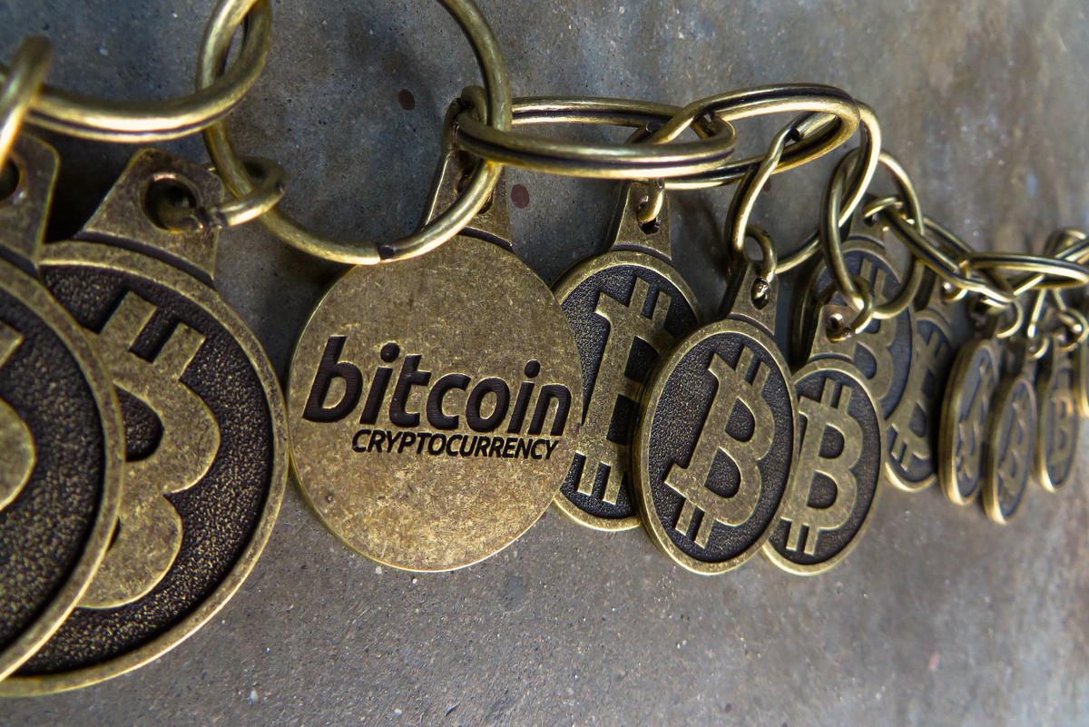 互联网泡沫亲历者:荒唐的比特币,危险的区块链